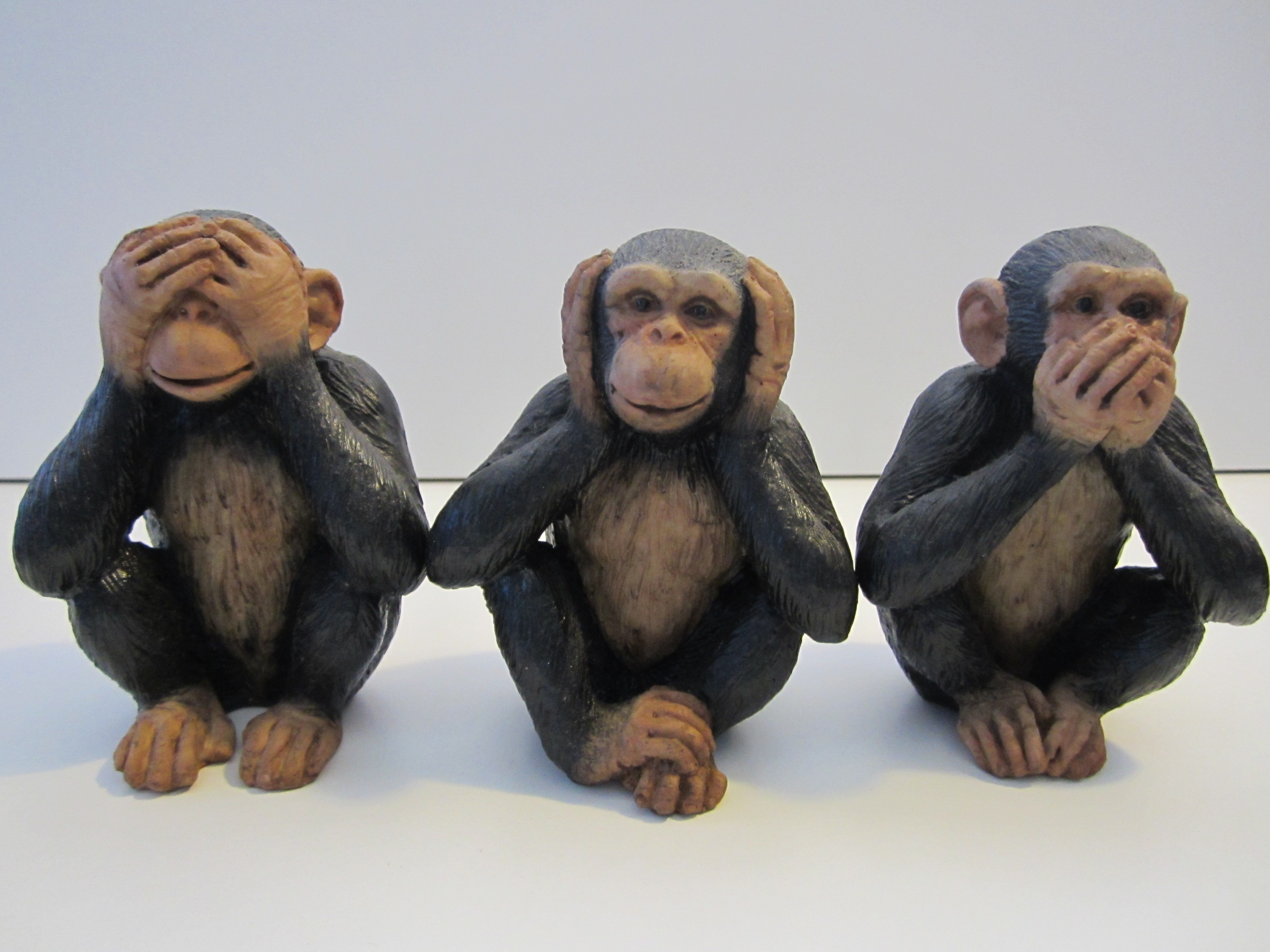 Monkey Gallery 171 Wise Monkeys Abroad