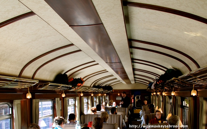 The seating / dining carriage